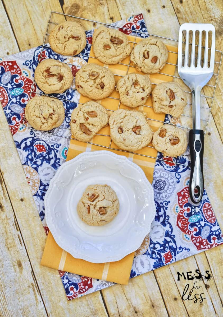 butter pecan cookies on a cooling rack