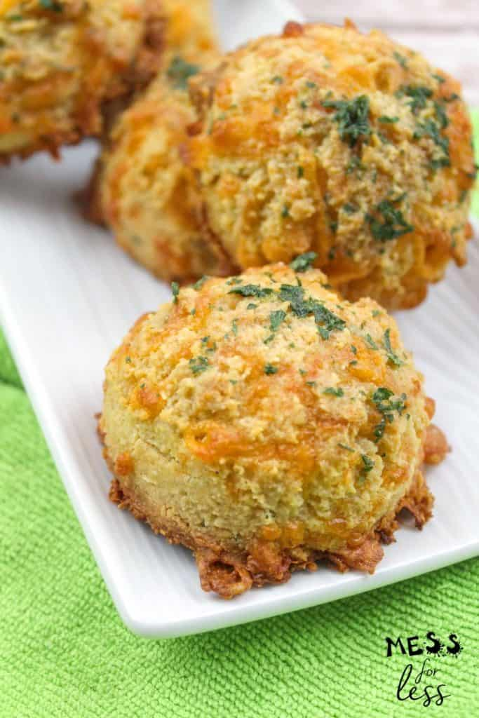 keto red lobster cheddar biscuits