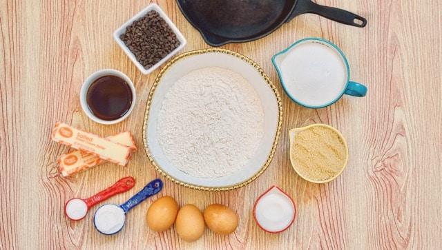ingredients to make a skillet cookie