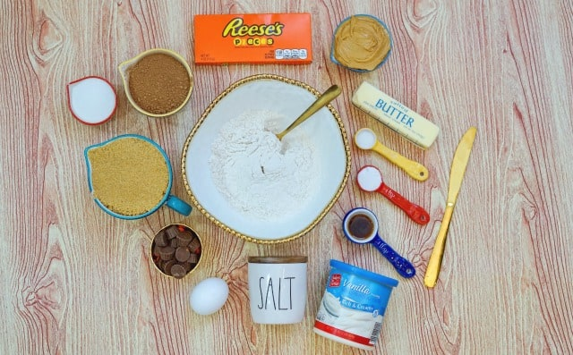 ingredients for reese's sandwich cookies