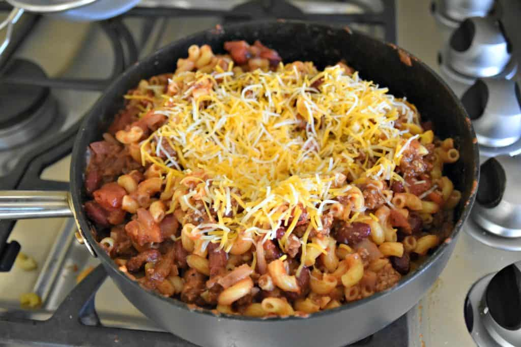 cooking chili macaroni and cheese