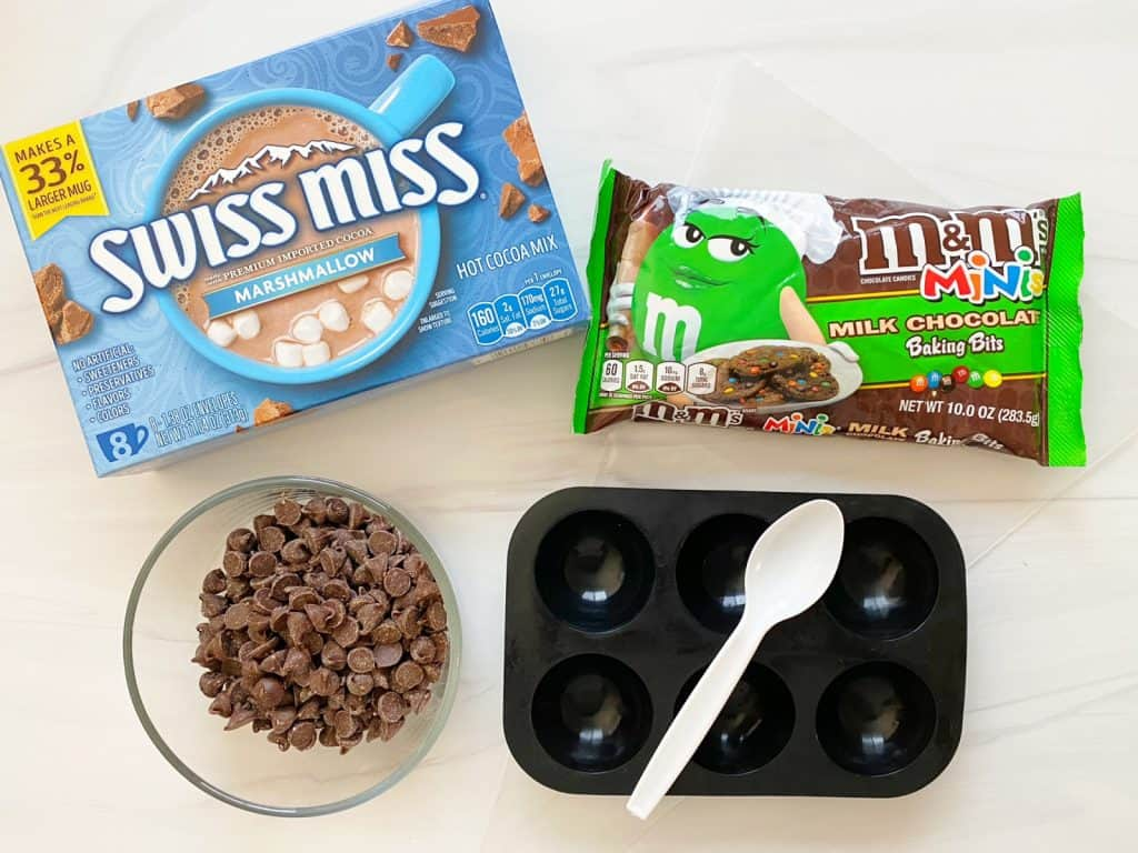 ingredients for m&m hot chocolate bombs