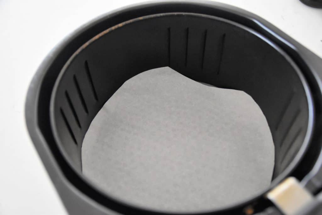air fryer lined with parchment paper