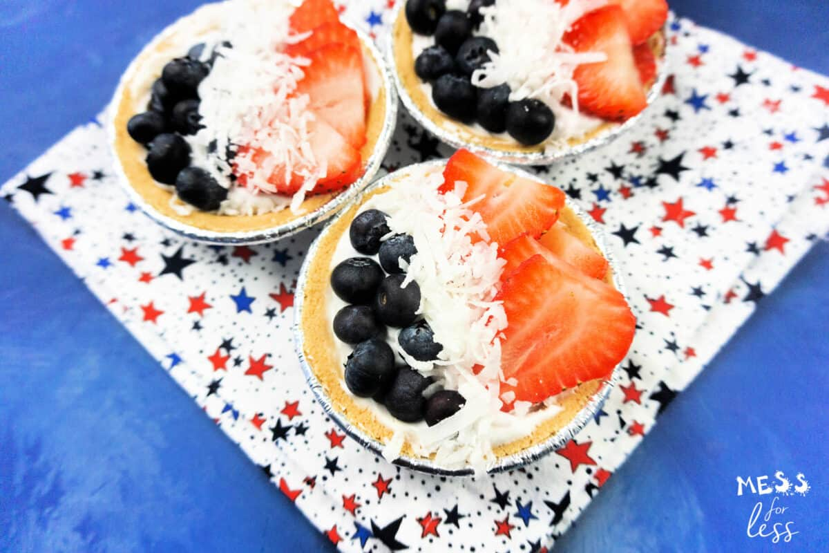 cream pies with berries and coconuts